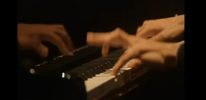 Mains de Lucas Debargue
