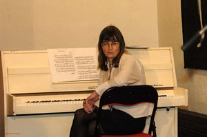 Velter_13_laure_c_au_piano_3